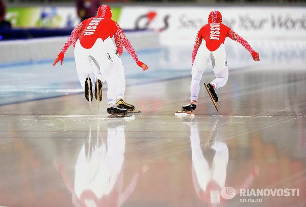 Конькобежный спорт. Чемпионат мира. Командная гонка. Женщины