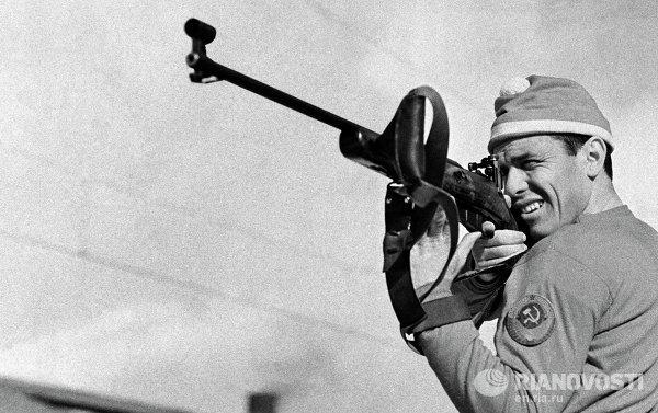 Олимпийский чемпион советский биатлонист Владимир Меланьин