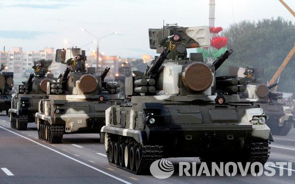 Зенитные ракетно-пушечные комплексы на военном параде в Минске
