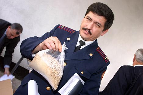 La droga contenida en esa bolsa puede provocar más de dos mil muertes.