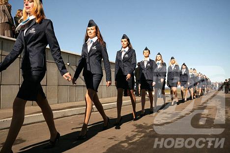 Nuevo avión ruso Sukhoi SuperJet-100